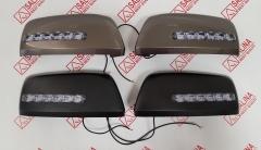 Комплект облицовок зеркал с бегущим повторителем в стиле LEXUS и ДХО на зеркала ВАЗ 21214 нового образца